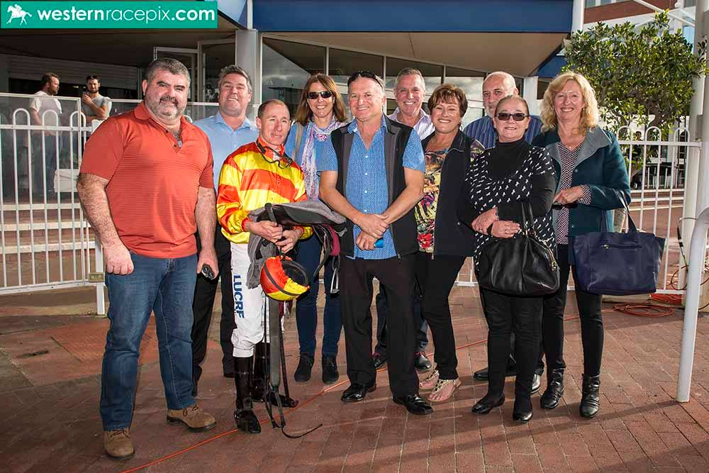 COUNT-TOMOZ-OFF-Belmont-Wed-30th-August